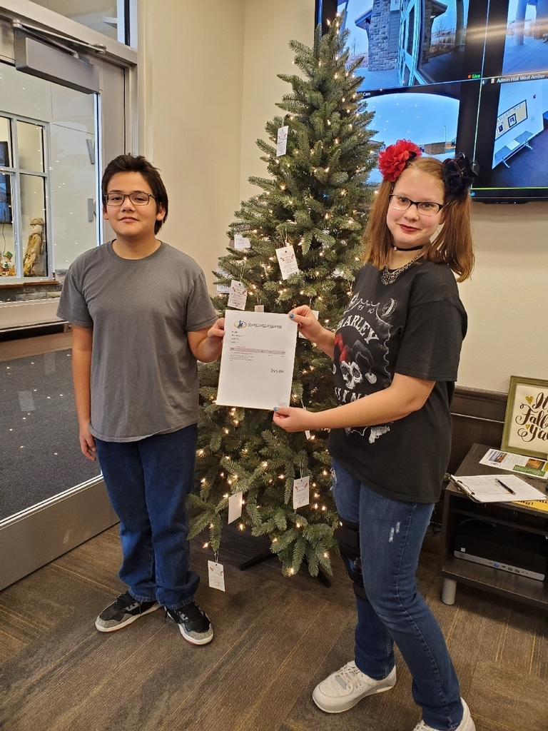 2 students donated concession profits to the giving tree