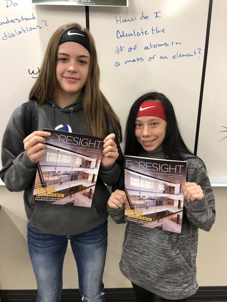 2 students featured in the magazine Foresight